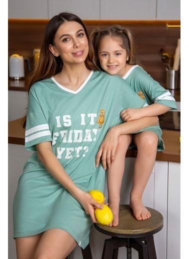 Katia & Bony Yazı Baskılı Kız Çocuk Gecelik - Yeşil Yeşil